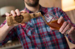 oak bottles
